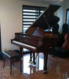 スタインウェイ(Steinway)グランドピアノ