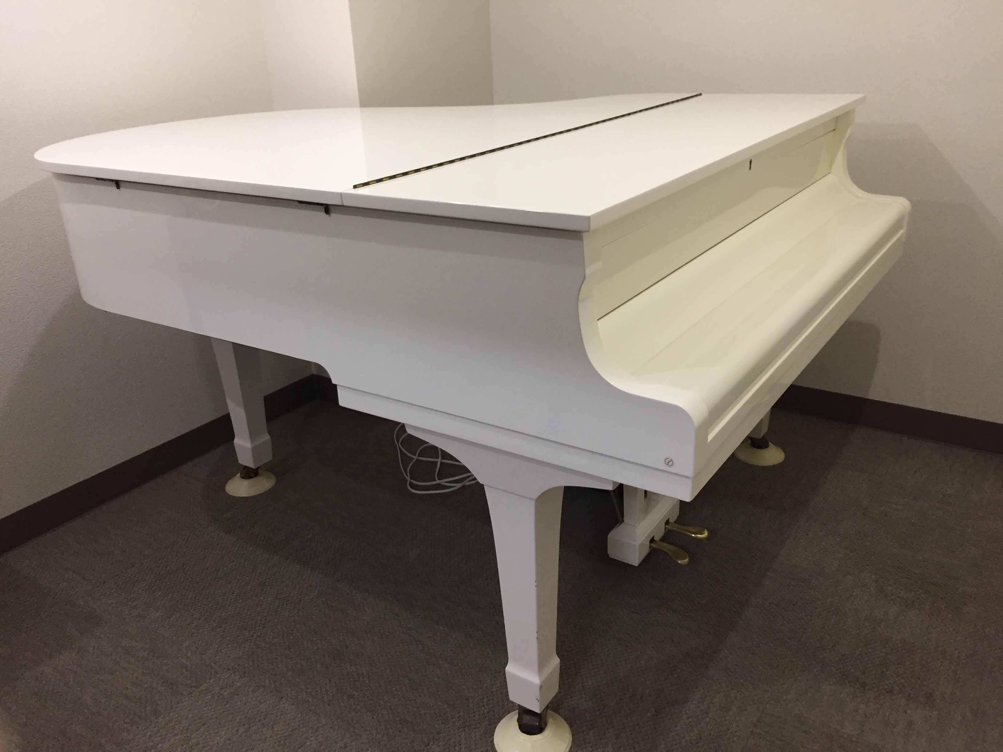 ヤマハ(YAMAHA)グランドピアノG2型